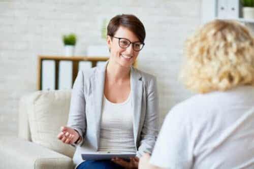 For psykologer: 8 strategier for å ta vare på seg selv