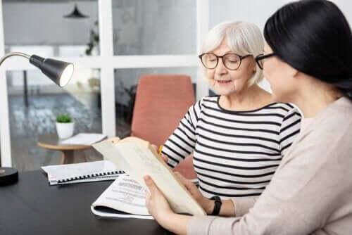 Å være tospråklig kan redusere risikoen for Alzheimer