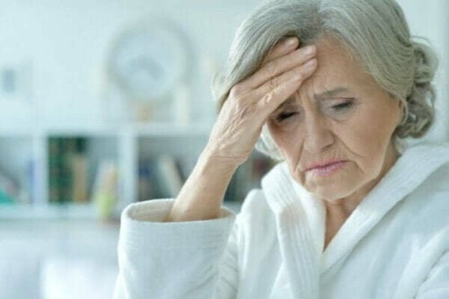 Akutt konfusjon: Symptomer, typer og behandling