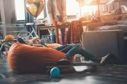 Er tenåringens rotete soverom virkelig et tapt slag?