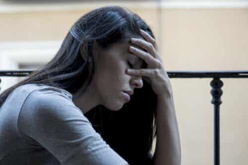 En kvinne som kaster bort all sin energi på å hate noen som såret henne