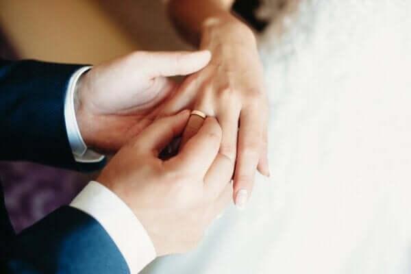 Hva er egentlig bigami?