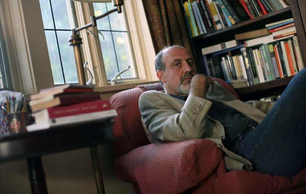 Nassim Taleb forfatter av svart svane-teori