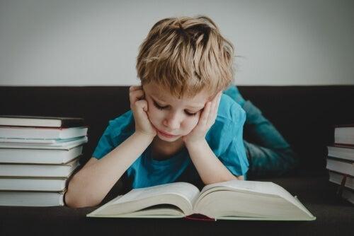 Aleksi, tapet av evnen til å lese