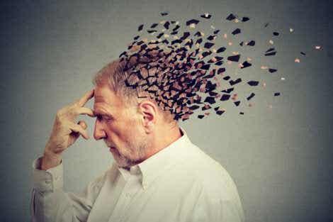 En eldre mann med frontotemporal demens.