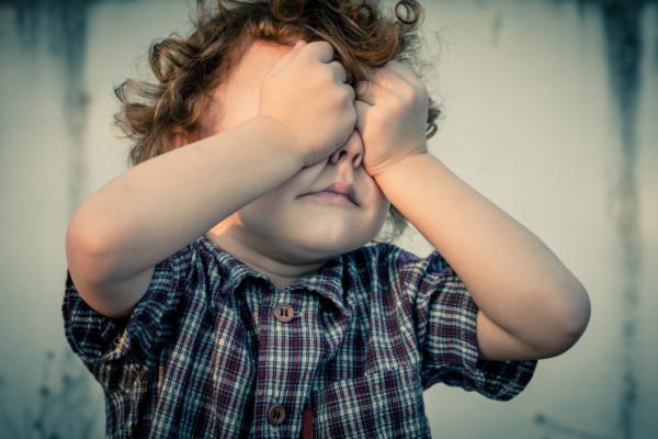 Åtte vanlige symptomer på angst hos barn