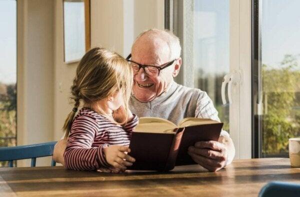 Besteforeldre hjelper til med å utvikle barnebarnas evner