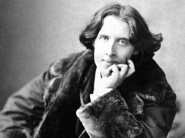 Syv inspirerende Oscar Wilde-sitater å tenke over