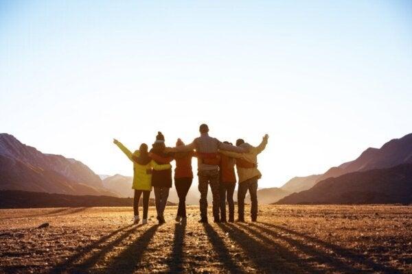Å tilhøre en sosial gruppe forbedrer din helse og lykke